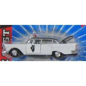 ROAD CHAMPS, 1/43 SCALE DIE CAST MODEL, 1957 FORD FAIRLANE