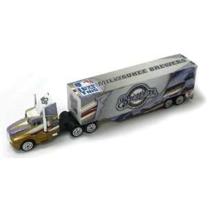Diecast Tractor Trailer   Milwaukee Brewers Toys & Games