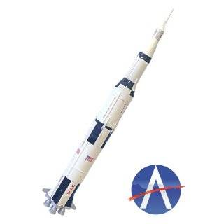 Saturn V with Apollo   1/200 scale model Toys & Games