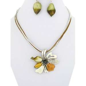 Fashion Jewelry ~Brown White Murano Glass Flower Pendant Cord Necklace