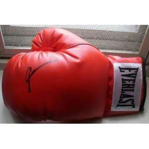 Sugar Ray Leonard Signed Autograph New Red Boxing Glove   Autographed