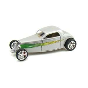 Ford Coupe Hard Top (1933, 118, Silver with Flames) diecast car model