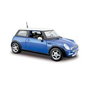 Edition 1/24 Mini Cooper   Metallic Green  Toys & Games